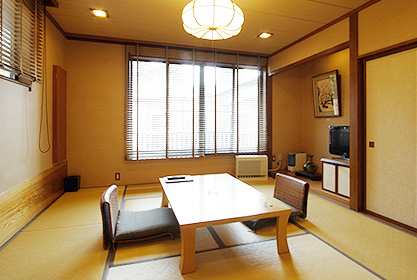 【月の館】メゾネット2階和室