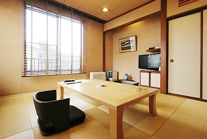 【月の館】メゾネット客室(和室)